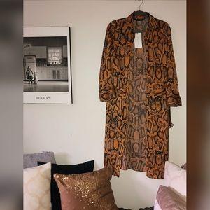Satin snake patterned dress